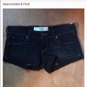 Abercrombie & Fitch shorty shorts